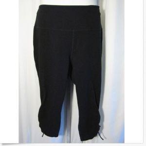 Xersion Black Capri Length Workout Pants